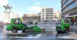 Başkent Köşe Bucak Temizleniyor