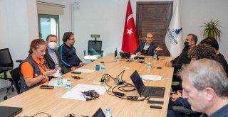 Deprem yardımlarının koordinasyonu İzmir Büyükşehir'de