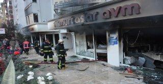 Bursada Mobilya Mağazası Küle Döndü