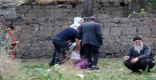 Erzurumda Çocuk Kavgası Mahalleyi Savaş Alanına Çevirdi