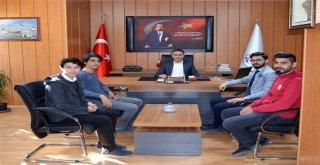 Genç Önderler, Müdür Arıcıoğlunu Ziyaret Etti