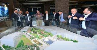 Başkan Edebali İş İnsanlarına Projelerini Anlattı
