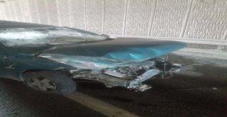 Arızalanan Otomobile Tır Çarptı: 1 Ölü