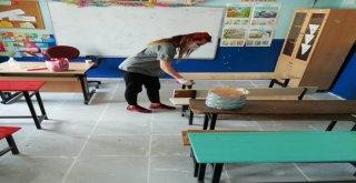 Başkale De Fedakâr Öğretmenler Okul Boyadı