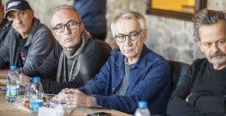 Tunç Soyer sinemacılara seslendi: ''Sinema sektörüne ev sahipliği yapmak istiyoruz''