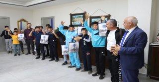 Battalgazi Belediyesinden Başarılı Öğrencilere Hediye