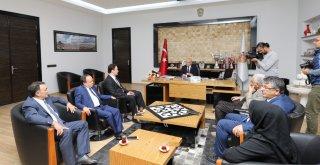 Afyonkarahisar Basın Yayın Derneğinden Başkan Çobana Ziyaret
