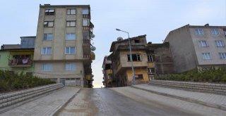 Gemlikte Cadde Ve Sokaklar Elden Geçiyor