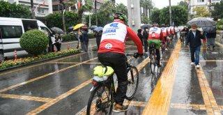 Adanalı bisikletçiler Anıtkabir yolunda