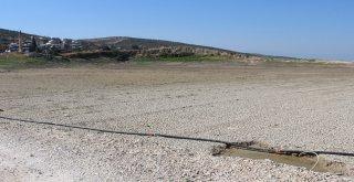 Yarseli Göletinde Su Seviyesi Düşüyor