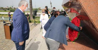 İzmir'in onuru Gazeteci Hasan Tahsin anıldı