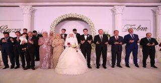 Cumhurbaşkanı, Furkan Ve Beyza Çiftinin Nikah Şahidi Oldu