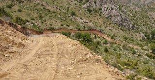 Büyükşehir yayla yolu yapımına başladı