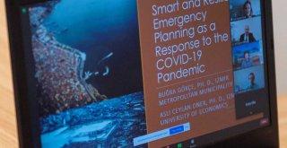 Pandemi sürecindeki kriz yönetimine uluslararası övgü