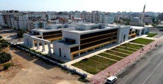 Muratpaşa'da Sivil Toplum Merkezinde Sona Doğru