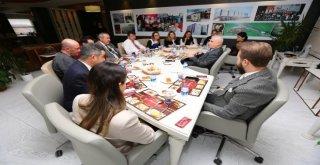 Başkan Bozbey Çalışanları Öğle Yemeğinde Ağırladı