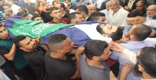 Gazzede 7 Filistinli Şehit Toprağa Verildi