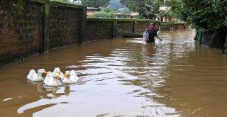 Hindistanda Sel Felaketi: 37 Ölü