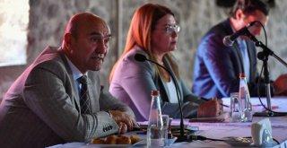 Başkan Soyer: İnsan hakları yoksa demokrasiden bahsedilemez