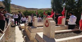 Teröristlerin 26 Yıl Önce Katlettiği 9 Şehit Anıldı