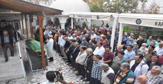 İzmirde Gazdan Etkilenip Hayatını Kaybeden İşçi Toprağa Verildi