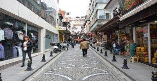 İzmit Belediyesinden Bakırcılar Çarşısında İyileştirme Çalışması