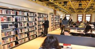 Setbaşı Kütüphanesi Yenilenen Yüzüyle Hizmette