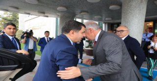 Vali Şahinden Başkan Uysala Veda Ziyareti