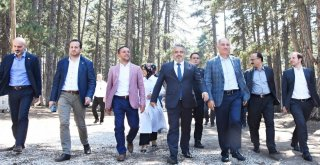Ak Parti İl Başkanlığı, Bursalı Vekiller İle İstişare Turunda