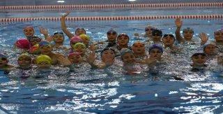 Kapalı Yüzme Havuzları 100 Binler Kulübünde