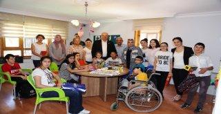 Ato Başkanı Baran, Özel Eğitim Ve Rehabilitasyon Merkezini Ziyaret Etti