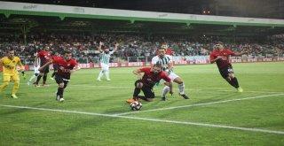Giresunspor: 2 - Eskişehirspor: 1 (İlk Yarı Sonucu)