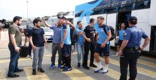 Burak Yılmaz, Trabzonsporun Alanya Kafilesinde Yer Almadı