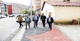 Başkan Türkmen, Kaldırım Çalışmaları İnceledi