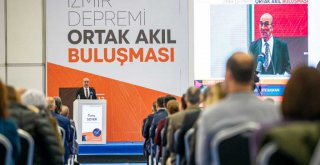 Başkan Tunç Soyer, : 'Afetle mücadele yerelde başlayıp yerelde kazanılır'