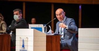 Başkan Tunç Soyer : 'Biz siyasetle zenginleşen siyasetçilerden değiliz'
