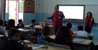 Kızılaycı Gençlerden, Öğrencilere Deprem Eğitimi