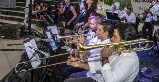 Büyükşehir'den YKS Sonrası Konser