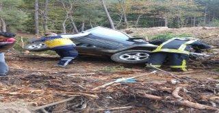 50 Metrelik Uçurumdan Aşağı Düşen Otomobilin Sürücüsü Öldü