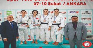 Osmangazili Judoculardan Milli Mesai...