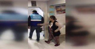 Belediyeden Yardım İçin Gelmiştik Dediler, Kimsenin Açtıramadığı Kapıyı Açtırdılar