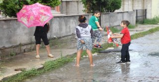 Çerkezköyde Sağanak Yağış Hayatı Olumsuz Etkiledi