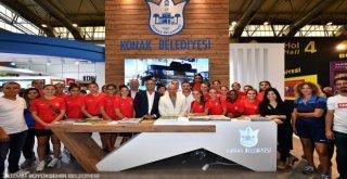 Başkan Soyer Fuarda İzmir Turu Attı