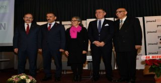 Başkan Zihni Şahin,  Hayata İmza Atan Kadınlar  Toplantısında Konuştu.