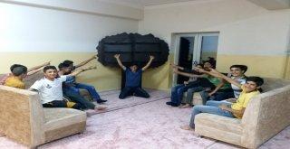 Okul Pansiyonuna Kitaplık Kurdular, Kitap Desteği Bekliyorlar