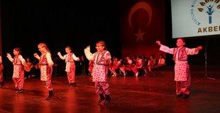 Akbem 23 Nisanı Yılsonu Gösterisiyle Kutladı