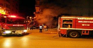 Kastamonuda Bir Markette Yangın Çıktı