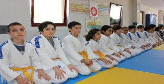 Osmangazide Judocu Nesiller Yetişiyor