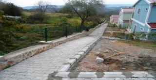 İzmit Belediyesi Yol Çalışmalarını Sürdürüyor