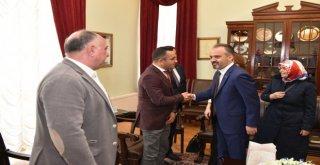 Azeri İşadamlarından Başkan Aktaşa Ziyaret